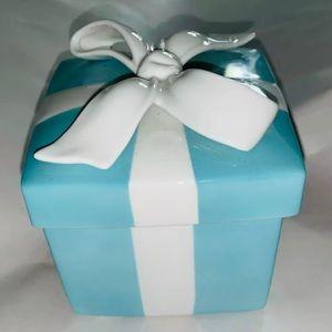 "Tiffany & Co. LG (4"")Bone China Iconic Trinket Box"